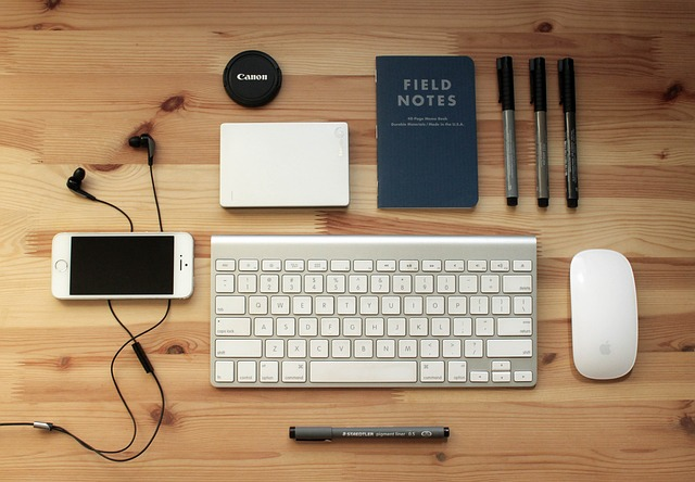 Είναι πράγματι το μυαλό των εφήβων προσαρμοσμένο στο ψηφιακό τους περιβάλλον και αποδίδουν καλύτερα με το multitasking;