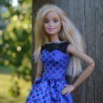 Παίζοντας με τις κούκλες… Πως αυτό επηρεάζει την εικόνα σώματος και την πρόσληψη τροφής στα νεαρά κορίτσια;