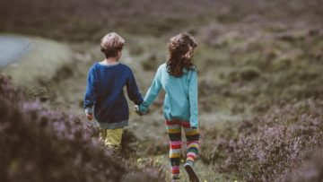 Αδελφική σχέση… μία σχέση αληθινής, αγνής αγάπης