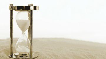 Σωστή διαχείριση του χρόνου ενόψει των εξετάσεων. Πώς οι γονείς μπορούν να βοηθήσουν στη συγκέντρωση των παιδιών
