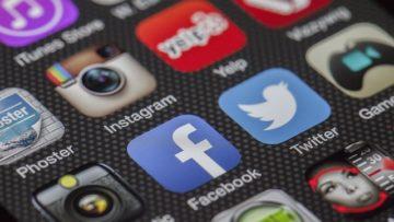 Εφηβεία στην εποχή των μέσων κοινωνικής δικτύωσης