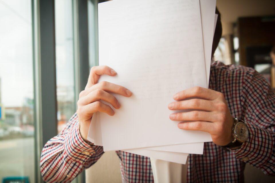 Μπορεί η οικογενειακή συμβουλευτική να βελτιώσει τις σχέσεις γονέων-εφήβων;