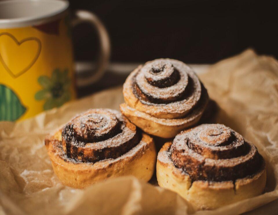 2 συχνοί προβληματισμοί σχετικά με τα γλυκά στην εφηβεία